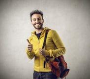 Estudiante feliz con su pulgar para arriba Fotografía de archivo libre de regalías