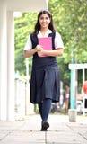 Estudiante feliz Walking To School fotos de archivo libres de regalías