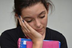 Estudiante femenino cansado Fotos de archivo libres de regalías