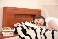 Estudiante femenino cansado Foto de archivo