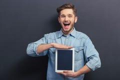 Estudiante hermoso con el artilugio Imágenes de archivo libres de regalías
