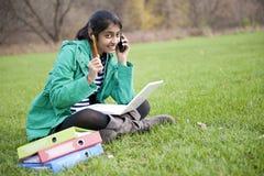 Estudiante indio en al aire libre Fotos de archivo libres de regalías