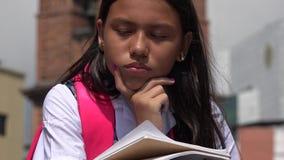 Estudiante soñoliento de Latina imagen de archivo libre de regalías