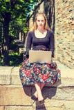 Estudiante universitario adolescente americano joven que estudia en Nueva York Imagenes de archivo