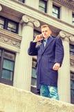 Estudiante universitario adolescente americano que viaja en Nueva York Foto de archivo libre de regalías