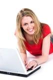 Estudiante universitario con la computadora portátil Imagenes de archivo