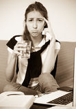 Estudiante universitario de sexo femenino deprimido Fotografía de archivo