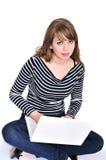 Estudiante y computadora portátil Fotografía de archivo libre de regalías
