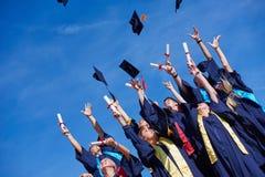 Estudiantes de diplomados de High School secundaria fotografía de archivo libre de regalías