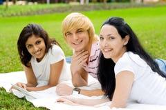 Estudiantes felices Fotografía de archivo