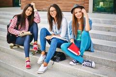 Estudiantes femeninos Fotografía de archivo