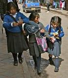 Estudiantes nativos en uniforme Fotos de archivo