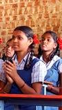 Estudiantes tribales en una escuela en la India Fotografía de archivo