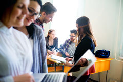 Estudiantes universitarios en una conferencia Fotografía de archivo