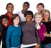 Estudiantes universitarios multirraciales en blanco Imágenes de archivo libres de regalías