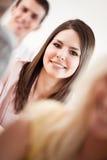 Estudiantes universitarios sonrientes Imagenes de archivo