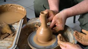 Estudio de la cerámica de Children's almacen de video