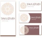 Estudio de la yoga stock de ilustración