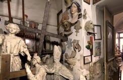 Estudio, esculturas y estatuas del artista fotos de archivo