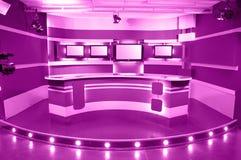 Estudio magenta de la televisión Fotografía de archivo libre de regalías