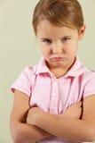 Estudio tirado de chica joven enojada Foto de archivo libre de regalías