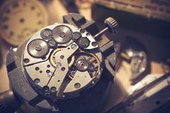 Estudio viejo del relojero Fotos de archivo