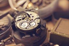 Estudio viejo del relojero Fotografía de archivo libre de regalías