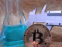 Estudo de Bitcoin imagem de stock