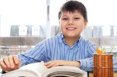 Estudo do menino de escola Foto de Stock Royalty Free