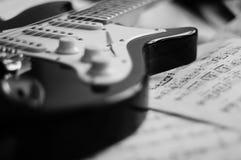 Estudos da guitarra imagens de stock