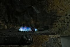 Estufa de gas sucia fotografía de archivo
