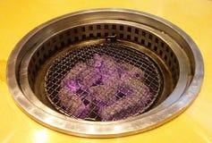 Estufa tradicional del carbón de leña Imagenes de archivo