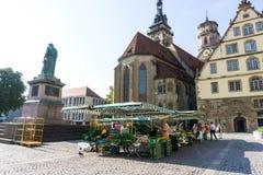 ESTUGARDA, ALEMANHA - 15 de setembro de 2016: Schlossplatz é o lar Imagens de Stock Royalty Free