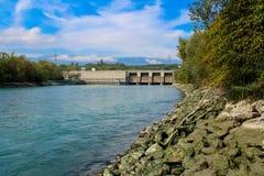 Esvaziando a represa Verbois Imagens de Stock Royalty Free