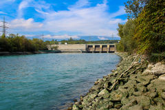 Esvaziando a represa Verbois Fotos de Stock Royalty Free