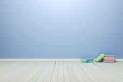 Esvazie a luz interior - sala azul com assoalho e os livros de madeira, para Imagens de Stock Royalty Free