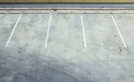 Esvazie o parque de estacionamento Imagens de Stock