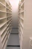 Esvazie o quarto de armazenamento dos registros, esperando registros Imagens de Stock Royalty Free