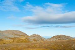 Esvazie a paisagem estéril da montanha em Nordkapp, Noruega Fotografia de Stock Royalty Free