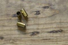 Esvazie a pistola Shell Casings de 9MM Fotos de Stock Royalty Free