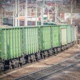 Esvazie por muito tempo o trem Fotos de Stock Royalty Free