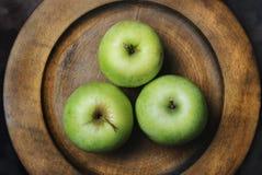 Esverdeie maçãs Imagem de Stock