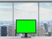 Esverdeie o monitor Imagens de Stock