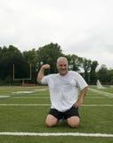 età che esercita gli sport della metà dell'uomo del campo Fotografia Stock Libera da Diritti