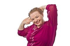 Età di pensionamento della donna che mostra le emozioni differenti su un fondo bianco in Russia Fotografia Stock