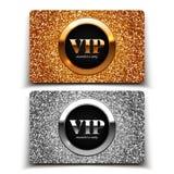 Or et cartes argentées de VIP avec le scintillement Images libres de droits