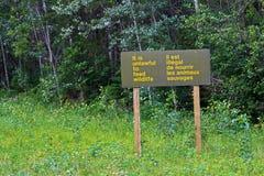 Et il est illégal pour alimenter le signe de faune Images libres de droits
