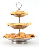 Etagere avec des casse-croûte de pizza Image stock