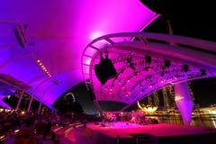 Etapa al aire libre Singapur de la explanada Fotos de archivo