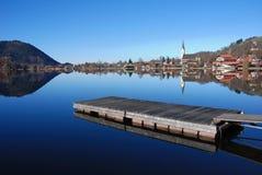 Etapa de aterrizaje en el lago bávaro Foto de archivo